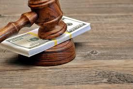 porady prawne zarobki