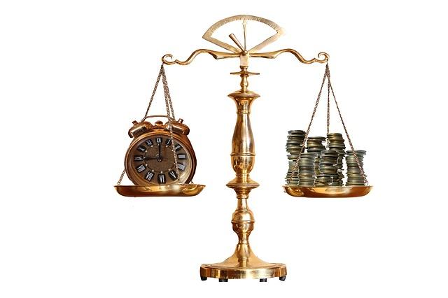 radca prawny zarobki